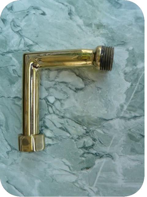 robinets cuivre dor laiton raccord angle droit pour robinet mural de douche cuivre jaune. Black Bedroom Furniture Sets. Home Design Ideas